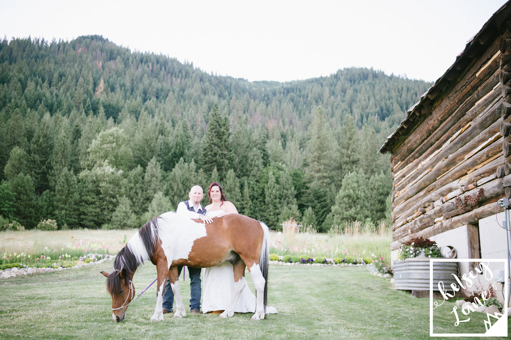 Ranch Wedding_Browns Family Farm Wedding_Leavenworth Wedding_Unique Wedding_Kelsey Lane Photography