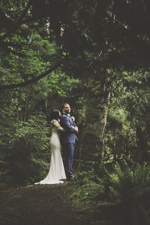 Woodsy+Wedding_Kitsap+Memorial+State+Park+Wedding_Kelsey+Lane+Photography_bride+and+groom+with+ferns.jpg