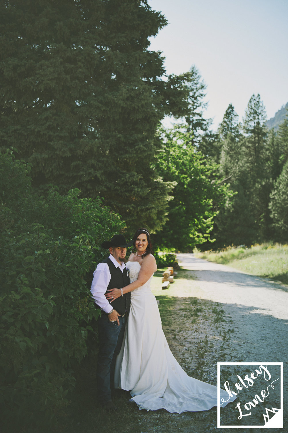 Dawn McCrimmon + Christopher Johnson_Leavenworth Wedding_Kelsey Lane Photography-3006 copy.jpg