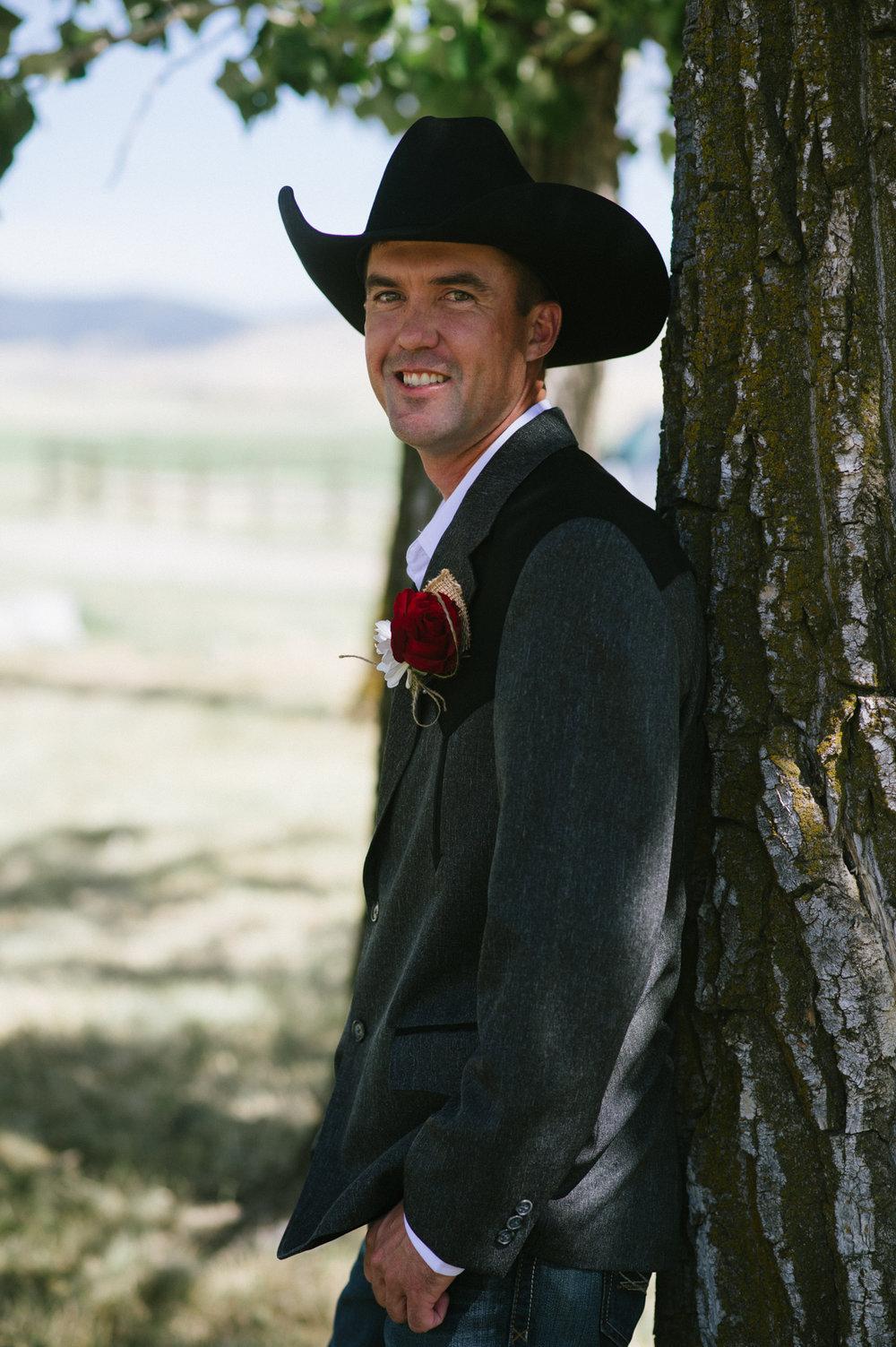 Erica Lind + Jeff Heim Wedding_Rustic Wedding_Montana Wedding_Kelsey Lane Photography-3897-2.jpg