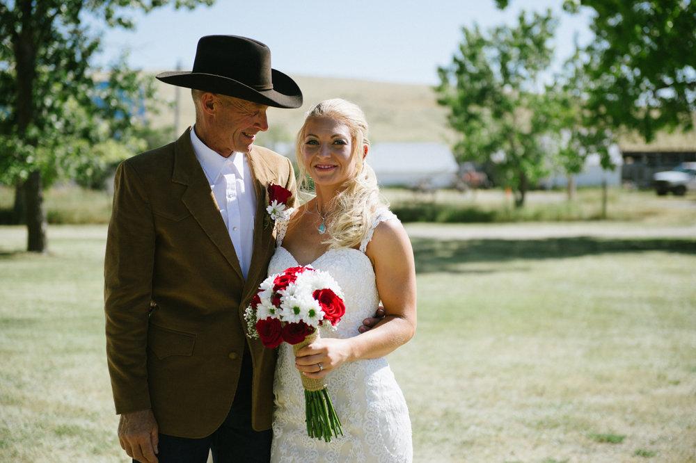 Erica Lind + Jeff Heim Wedding_Rustic Wedding_Montana Wedding_Kelsey Lane Photography-4231.jpg