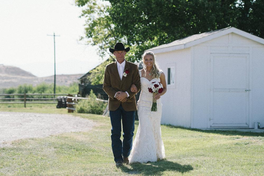 Erica Lind + Jeff Heim Wedding_Rustic Wedding_Montana Wedding_Kelsey Lane Photography-4362-3.jpg