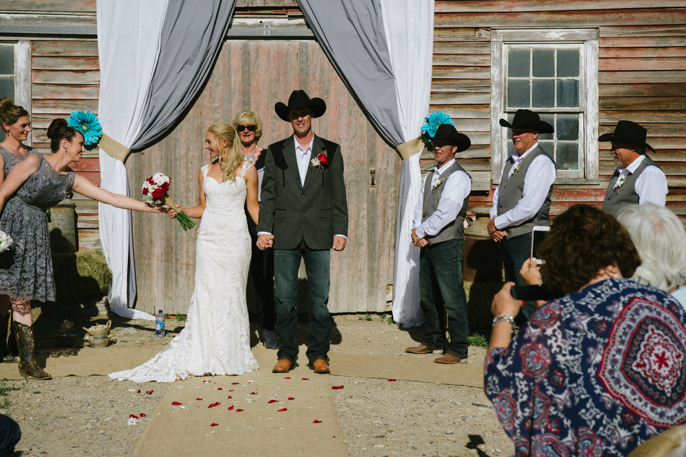 Erica Lind + Jeff Heim Wedding_Rustic Wedding_Montana Wedding_Kelsey Lane Photography-4443-2.jpg