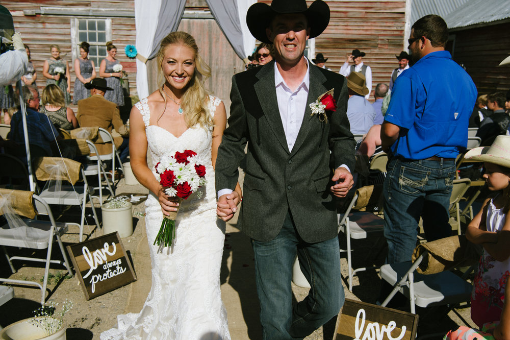 Erica Lind + Jeff Heim Wedding_Rustic Wedding_Montana Wedding_Kelsey Lane Photography-4462-2.jpg