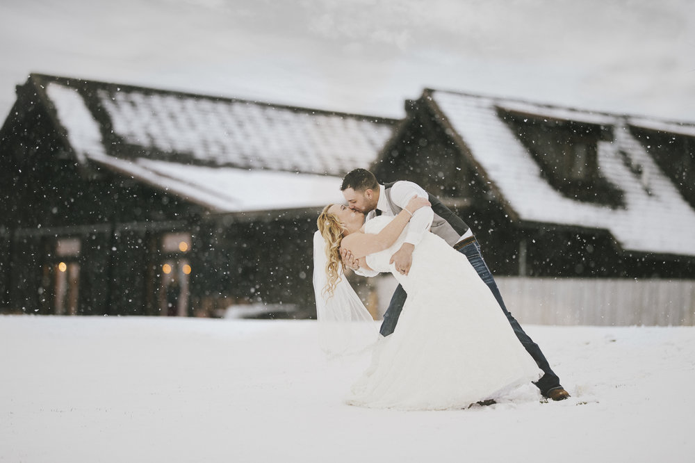 Winter Montana Wedding_Leighanne Parker + Ethan Ramos_Kelsey Lane Photography-8132.jpg