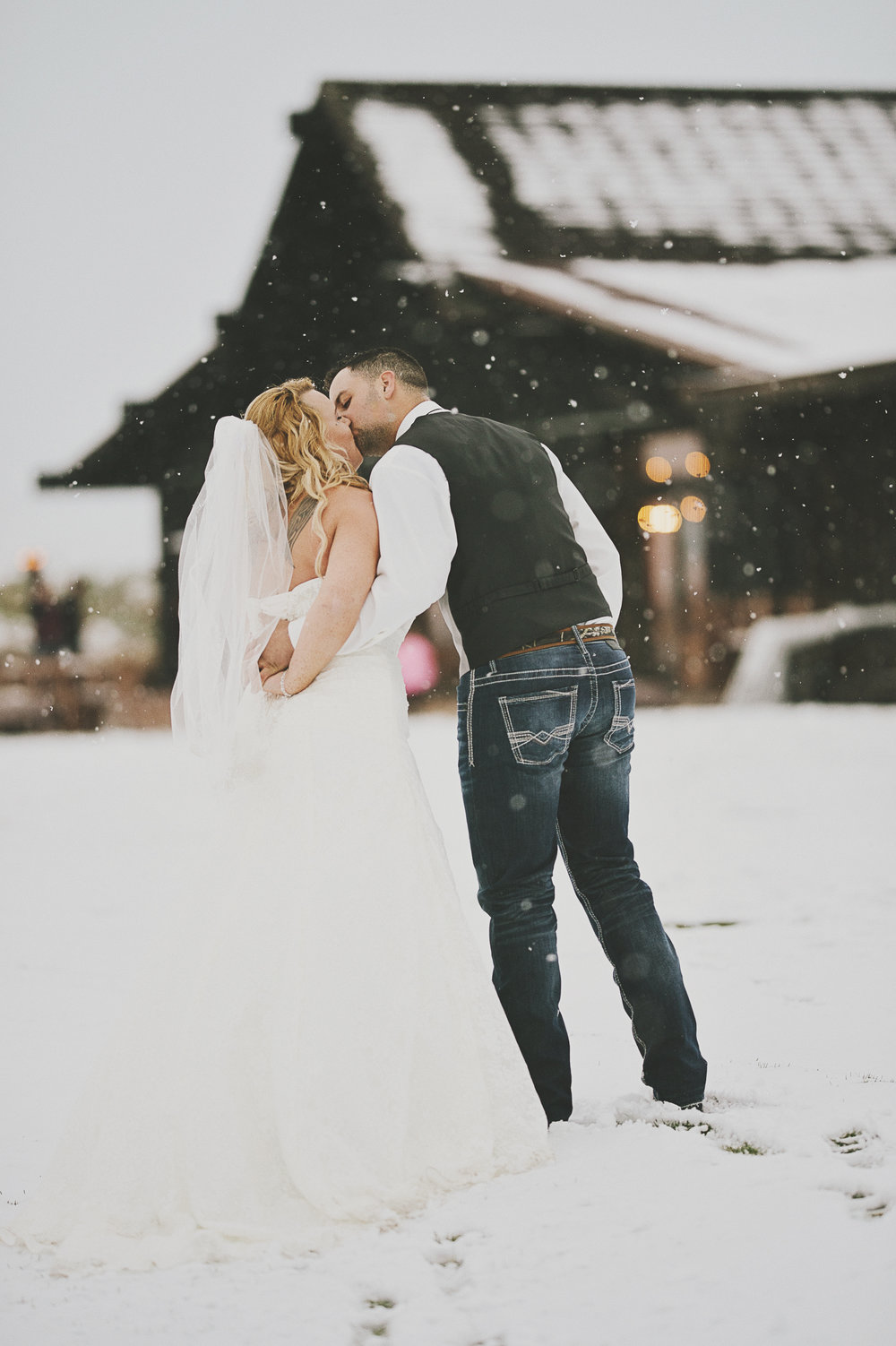 Winter Montana Wedding_Leighanne Parker + Ethan Ramos_Kelsey Lane Photography-8152 copy.jpg