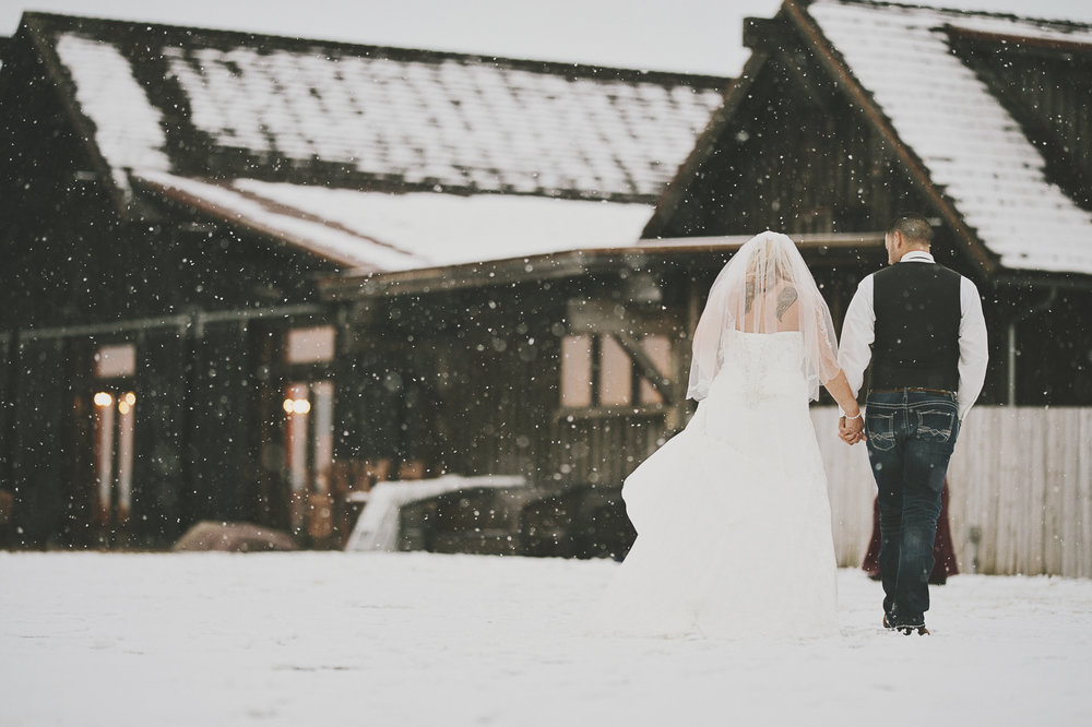 Winter Montana Wedding_Leighanne Parker + Ethan Ramos_Kelsey Lane Photography-8156 copy.jpg