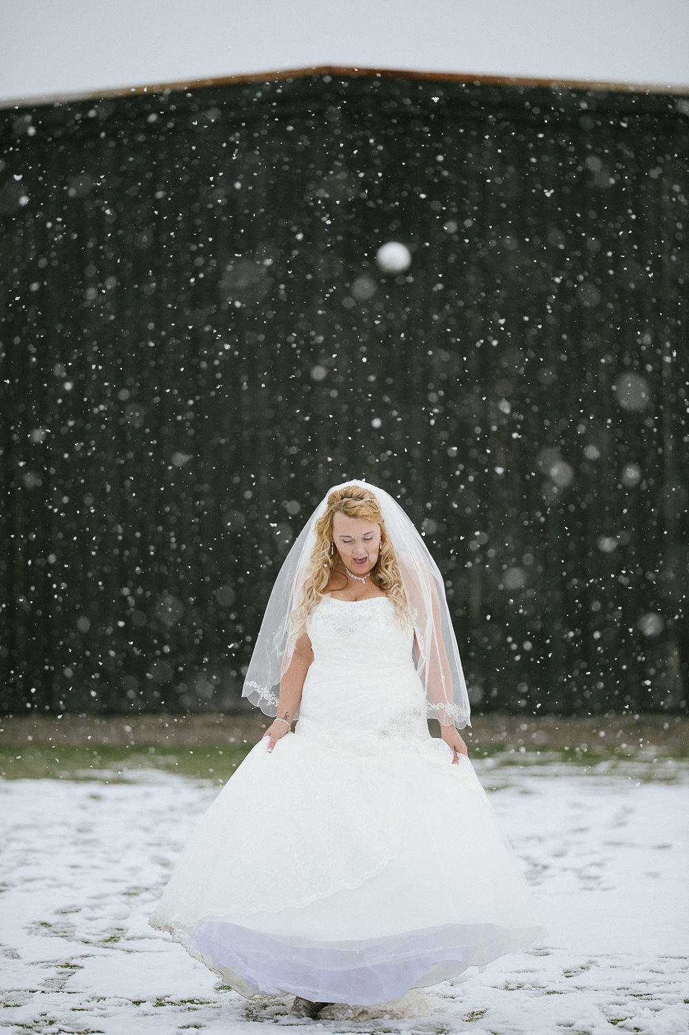 Winter Montana Wedding_Leighanne Parker + Ethan Ramos_Kelsey Lane Photography-8090.jpg