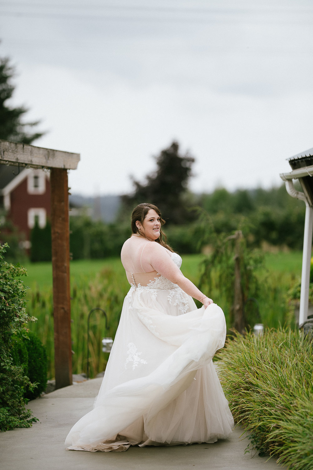 Swan Trail Farm Wedding_Sarah Schurman + Brian Skadan_Snohomish Wedding_Kelsey Lane Photography-5672.jpg