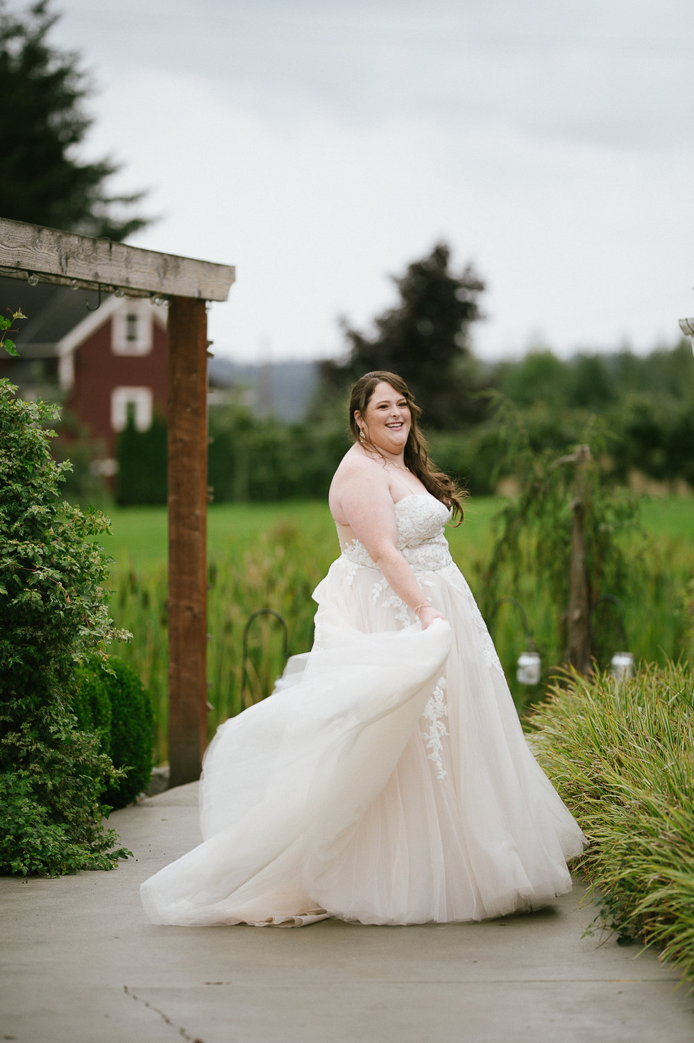 Swan Trail Farm Wedding_Sarah Schurman + Brian Skadan_Snohomish Wedding_Kelsey Lane Photography-5676.jpg