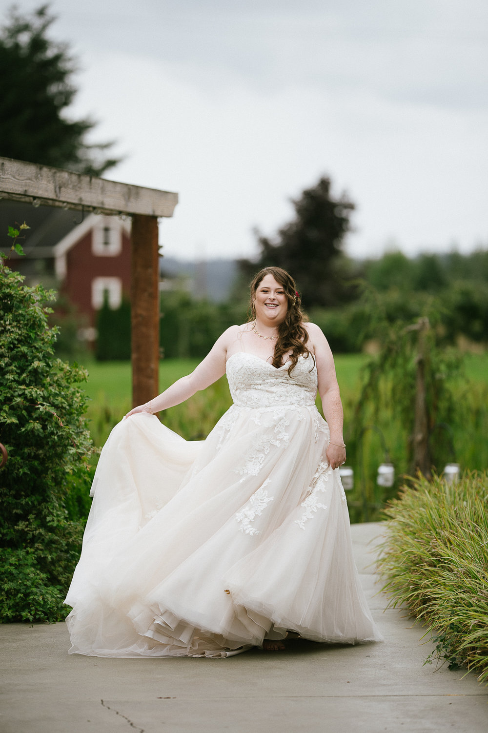 Swan Trail Farm Wedding_Sarah Schurman + Brian Skadan_Snohomish Wedding_Kelsey Lane Photography-5675.jpg