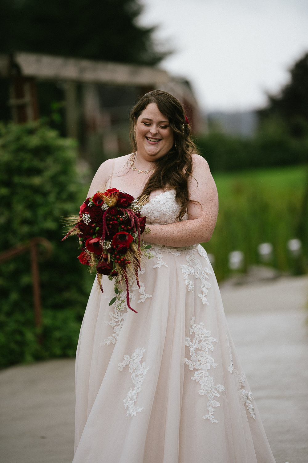 Swan Trail Farm Wedding_Sarah Schurman + Brian Skadan_Snohomish Wedding_Kelsey Lane Photography-5692.jpg