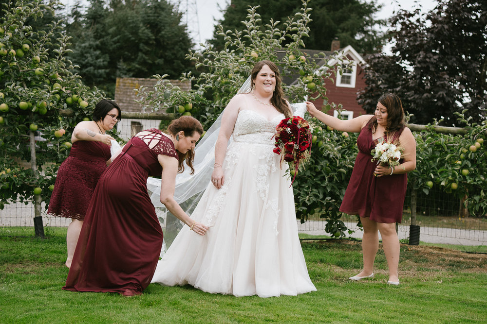 Swan Trail Farm Wedding_Sarah Schurman + Brian Skadan_Snohomish Wedding_Kelsey Lane Photography-6302-2.jpg