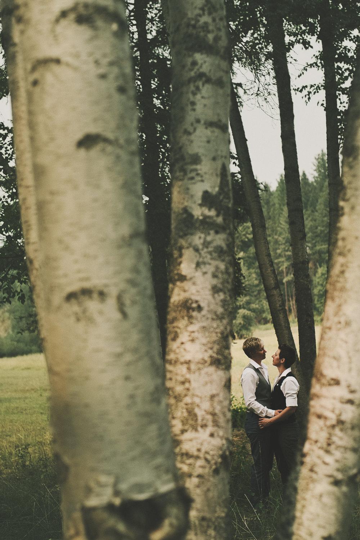 Glacier Montana Wedding_Elly Maurer + Frankie Dashiell Wedding_Beautiful Outdoor Wedding_Kelsey Lane Photography-5248 copy.jpg