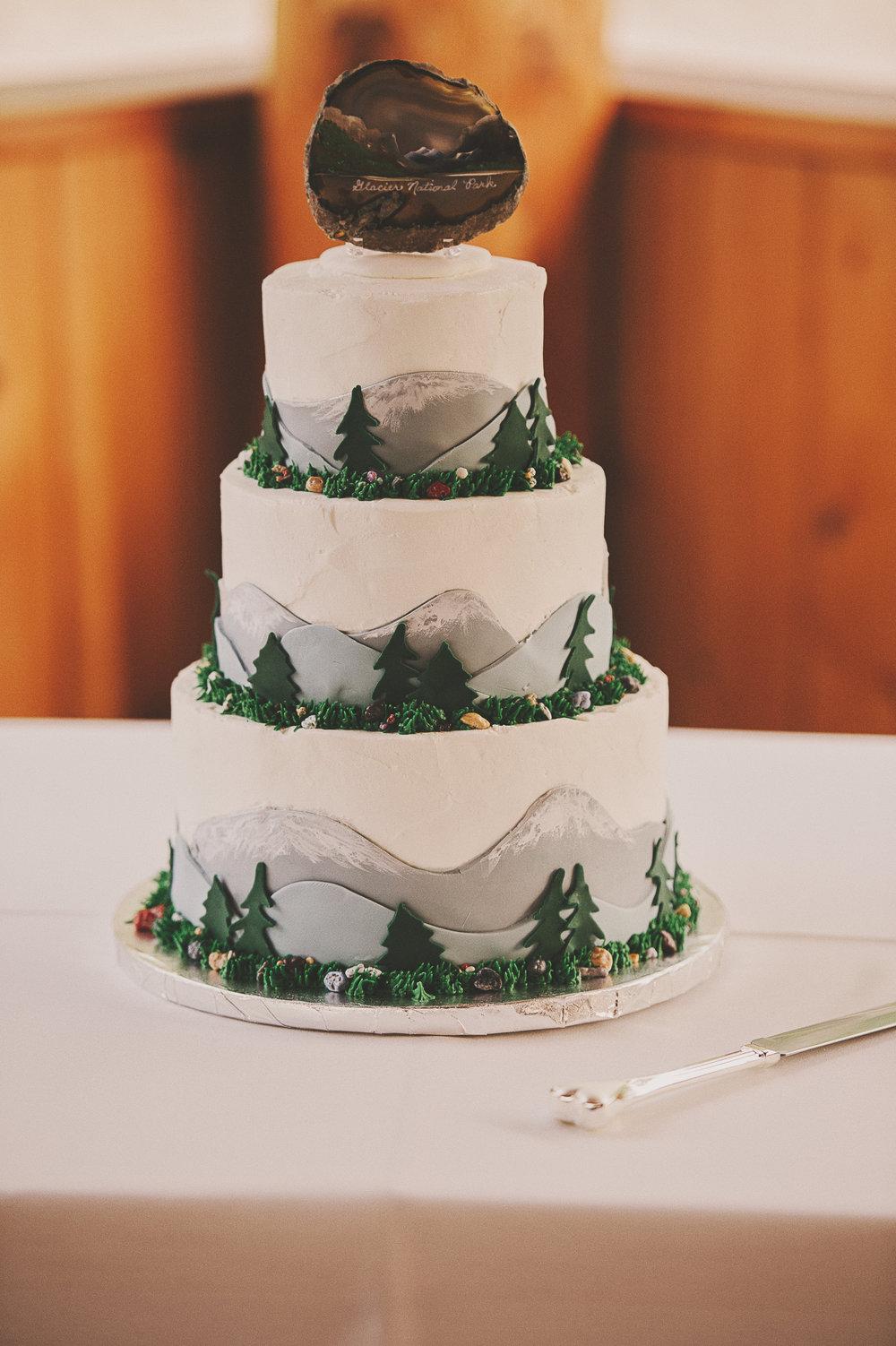 Glacier Montana Wedding_Elly Maurer + Frankie Dashiell Wedding_Beautiful Outdoor Wedding_Kelsey Lane Photography-5359-2 copy.jpg