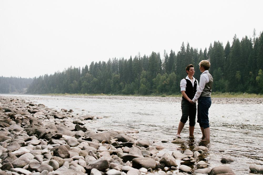 Glacier Montana Wedding_Elly Maurer + Frankie Dashiell Wedding_Beautiful Outdoor Wedding_Kelsey Lane Photography-5083.jpg