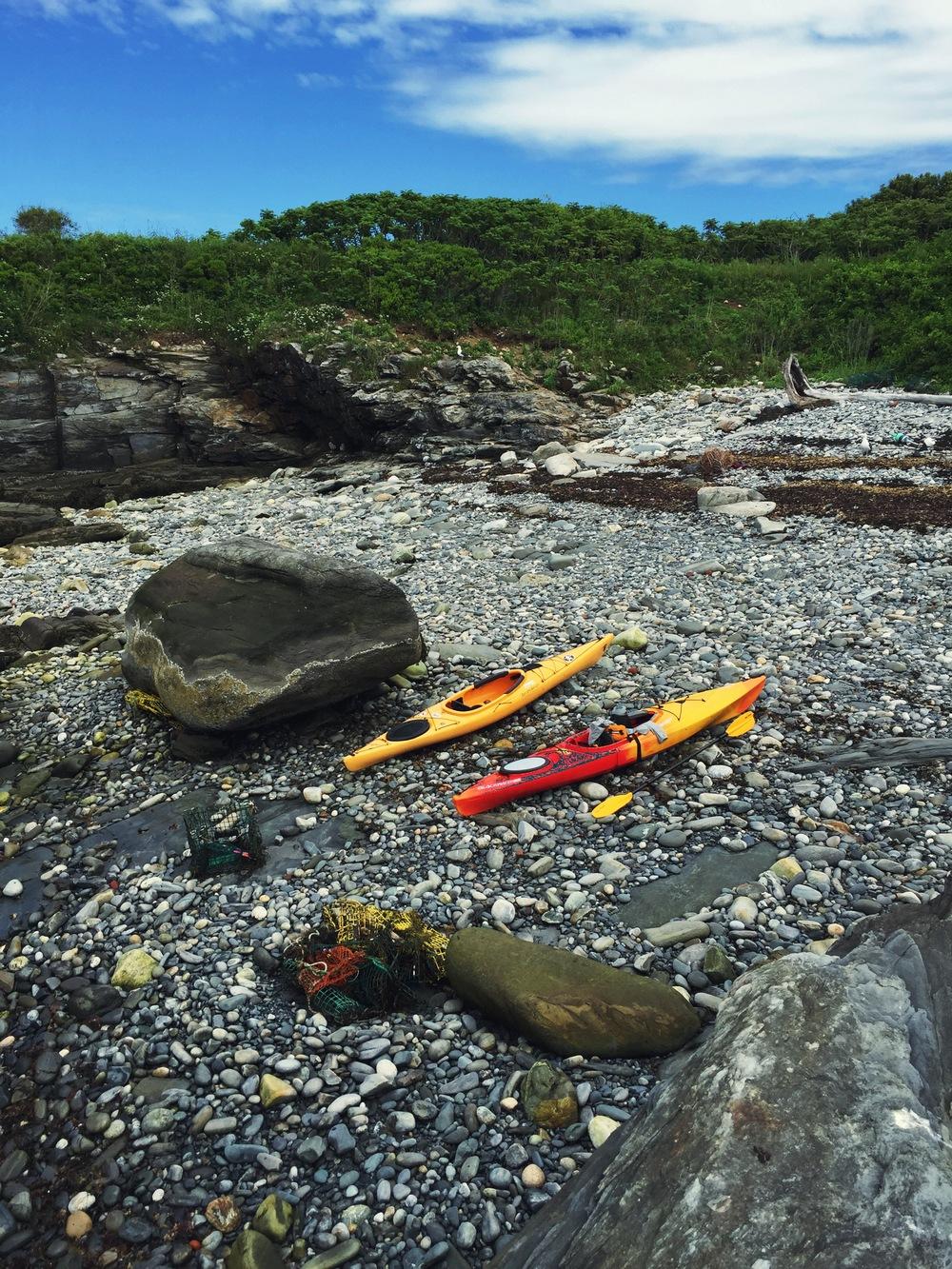 Island hoping, a stop ashore Ram Island