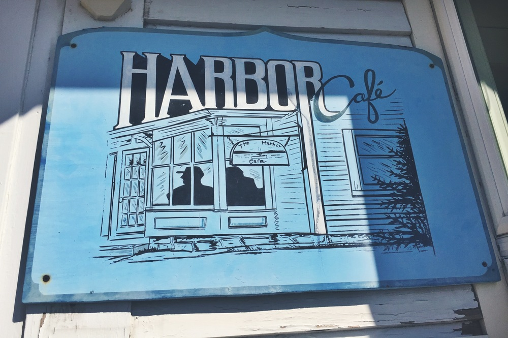 Harbor Cafe was the spot! Located right downtown, Stonington is on the main strip, overlooking the water.