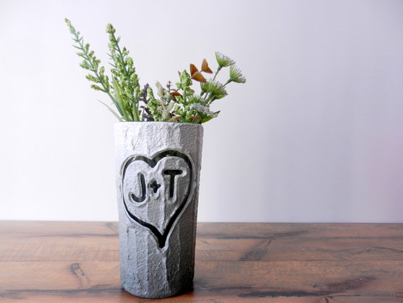 CarriageOakCottage customizable vase