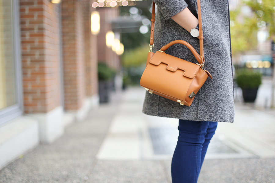 minimalist leather luxury bag.