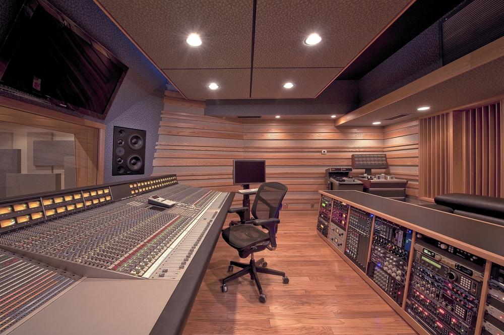 Studio A very nice 6_24.jpg