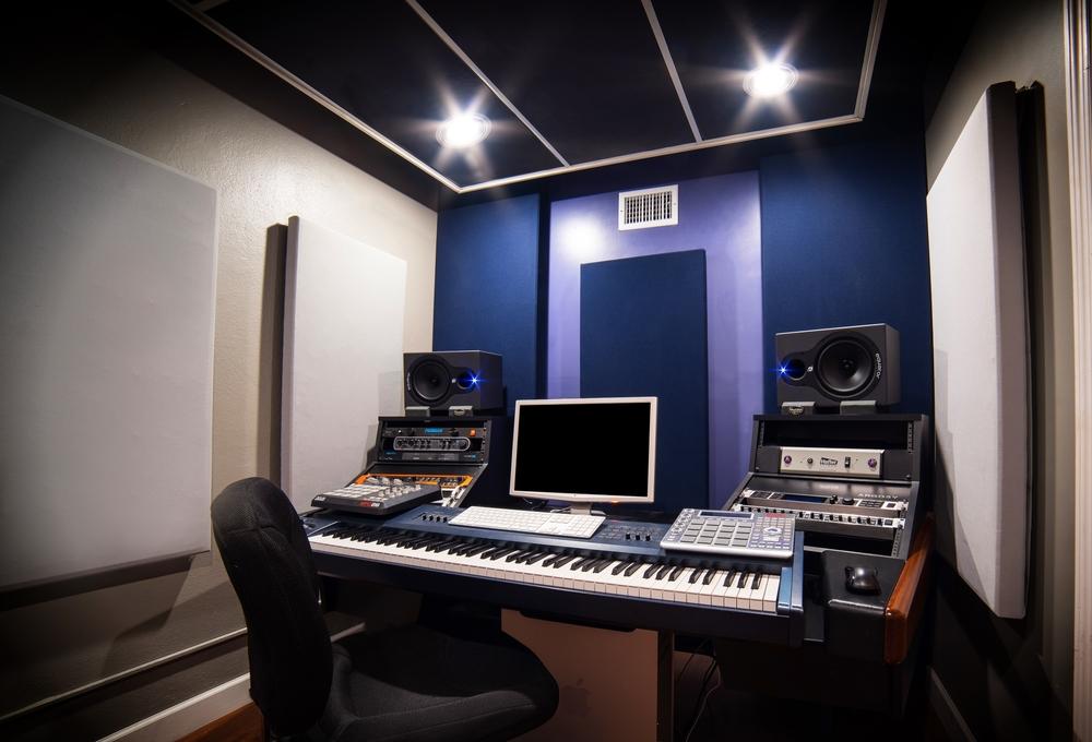 Studio C NICE white.jpg