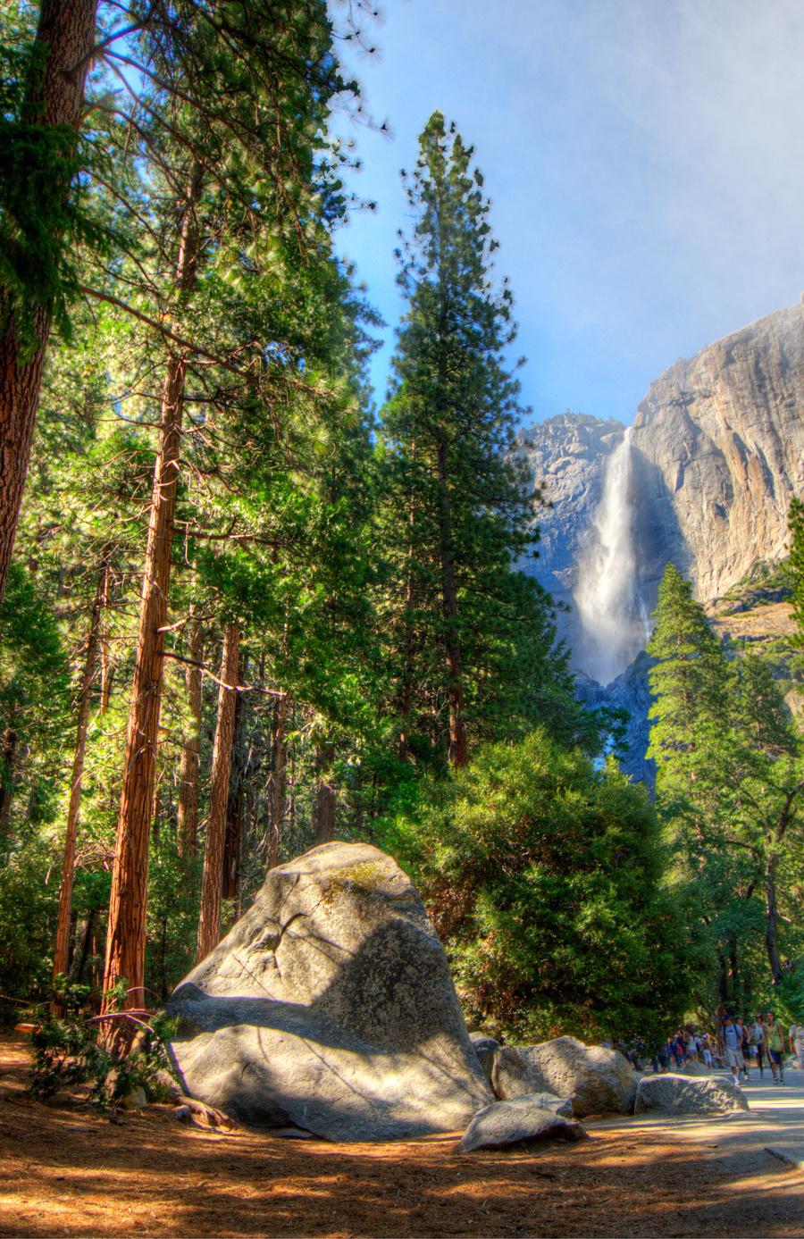 49182-5508634-Halbert_Bai_Yosemite_Falls.jpg