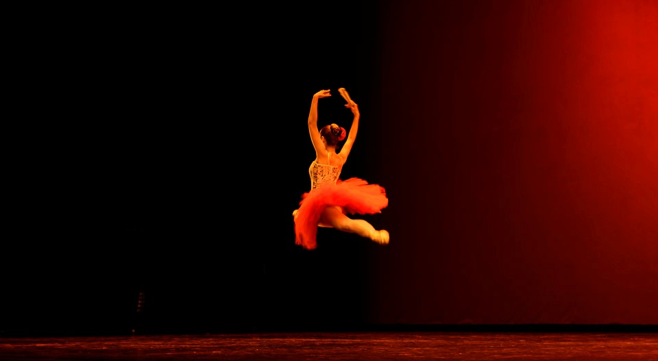 Claudia - Escola de Dansa-014.jpg