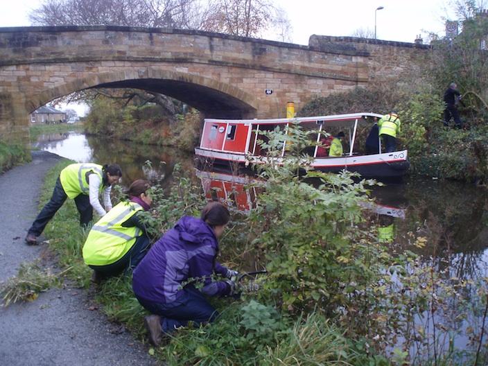 Canal Volunteering