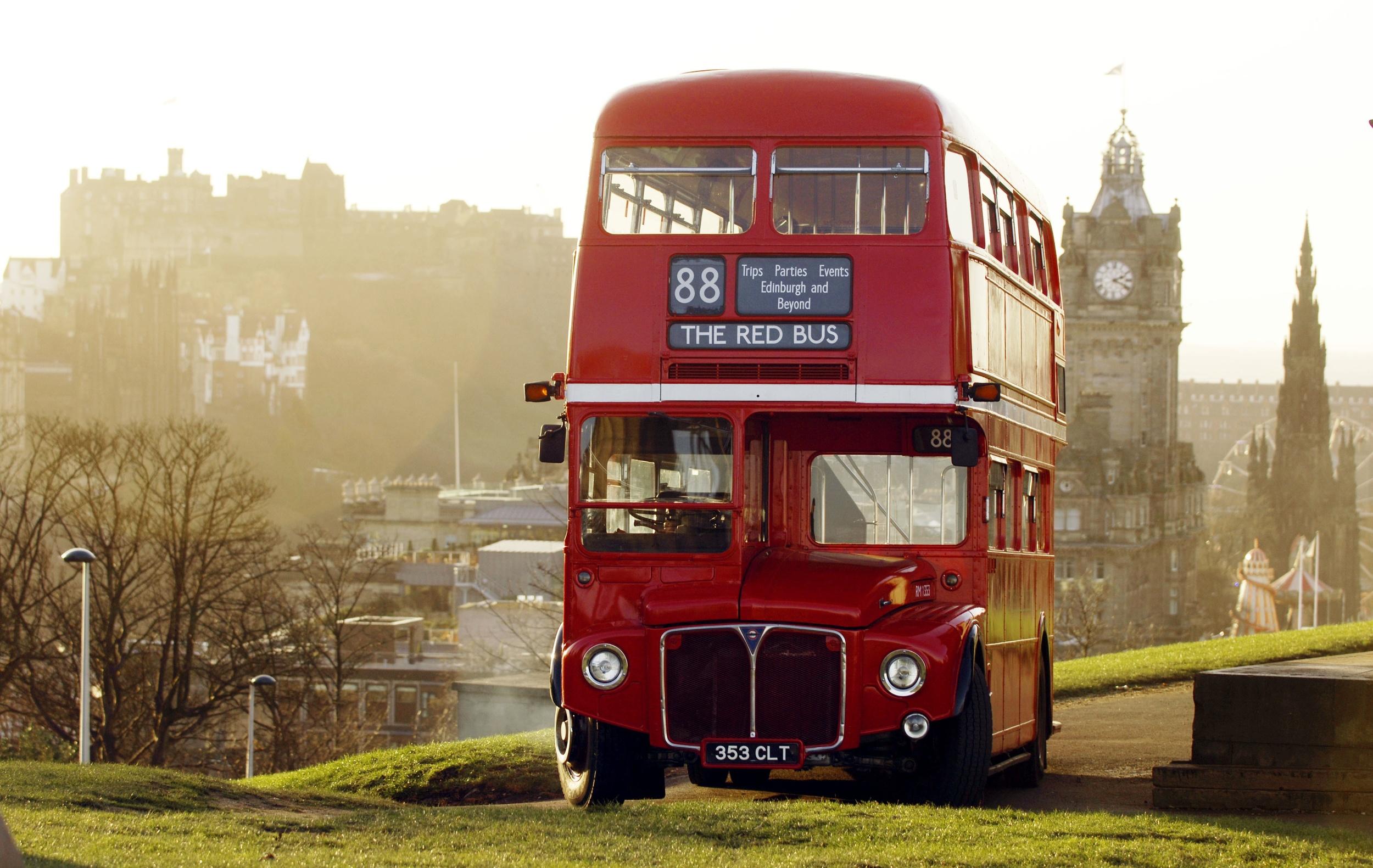 THE BIG RED BUS - EDINBURGH