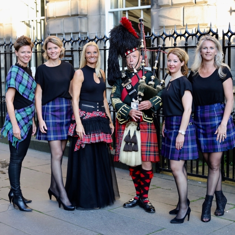 Kilted ladies.jpg