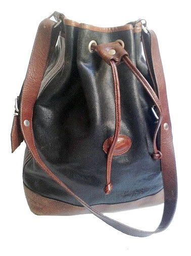 Vintage Italian bucket bag- $55