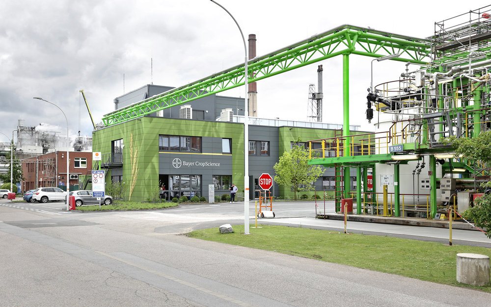 Bayer_Betriebszentrale_Dormagen_Fassadenbild_Rasterbild_Industrie_Chempark