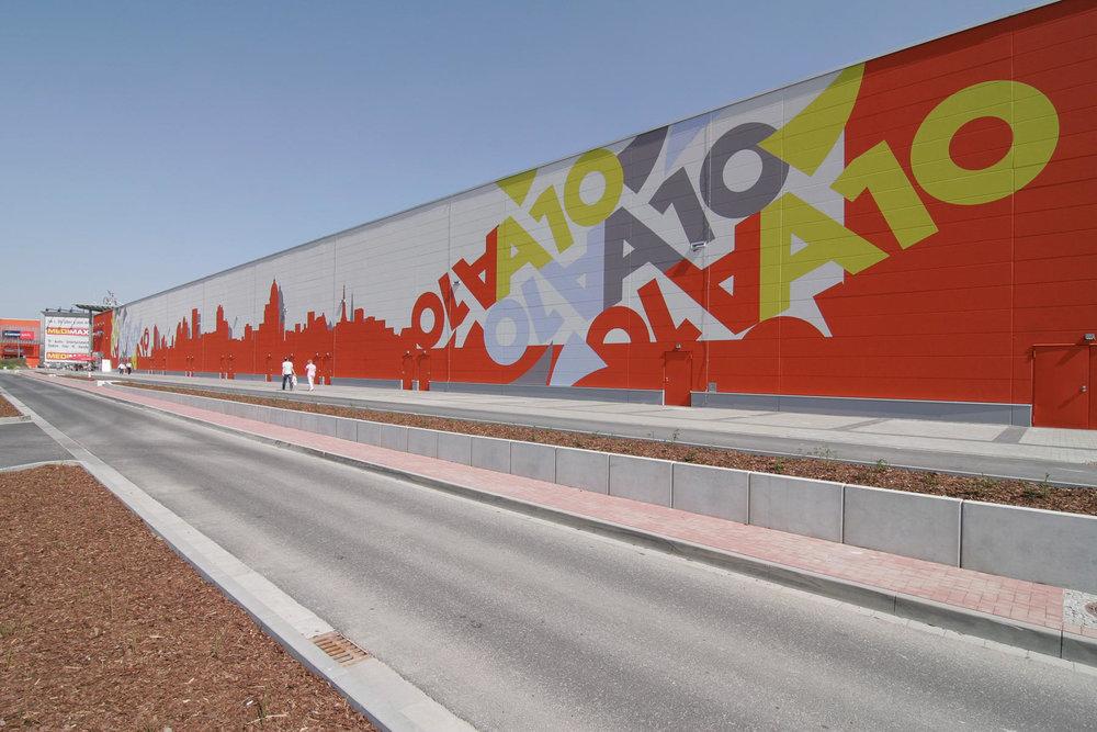 Fassadengestaltung-auf-Putz-A10-center-berlin-Beton-wand-gro__format-skyline-reklame.jpg