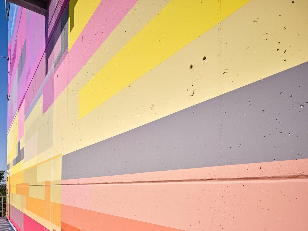 Fassadengestaltung-auf-Putz-beton-bunt-fassaden-preis-brillux.jpg