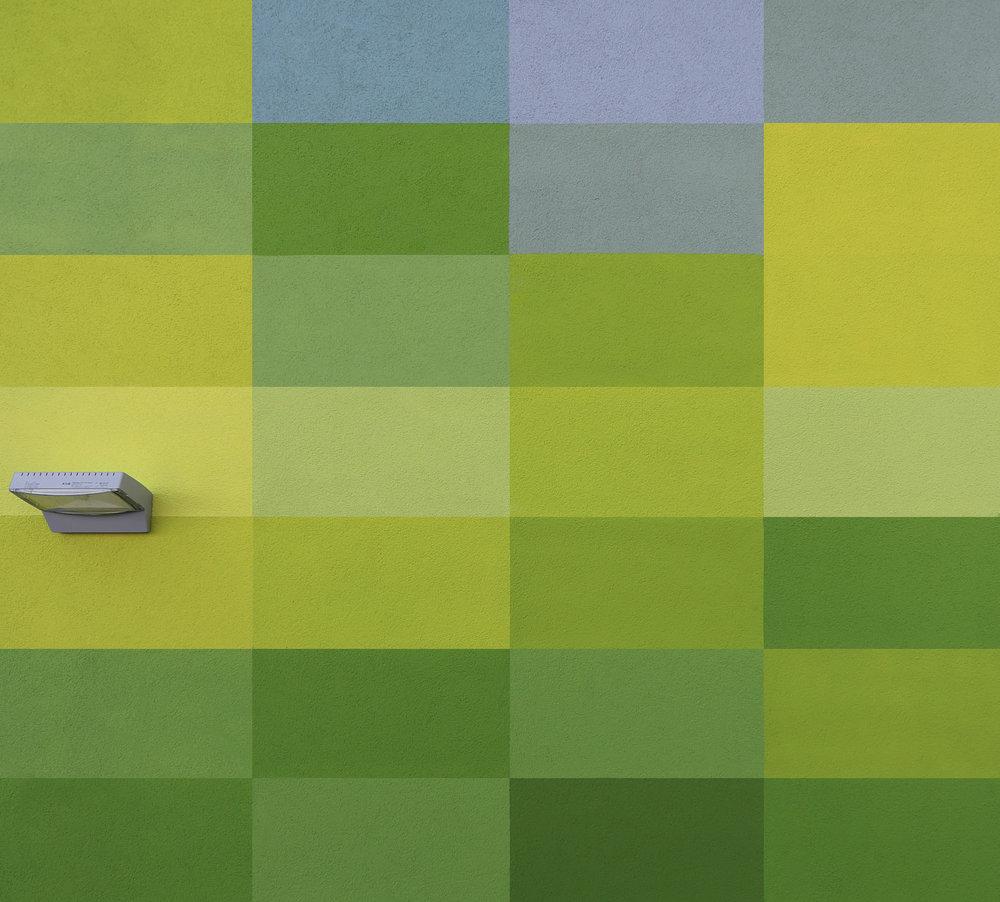 Fassadengestaltung-auf-Putz-bayer-mohnheim-pixelgrafik-farbgestaltung-farbkonzept.jpg