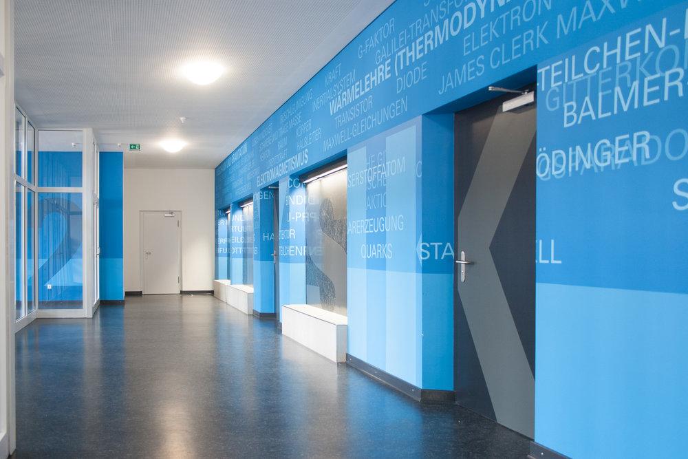 Fassadengestaltung Auf Putz Innenraum Flur Gesamtschule Farbgestaltung  Farbkonzept