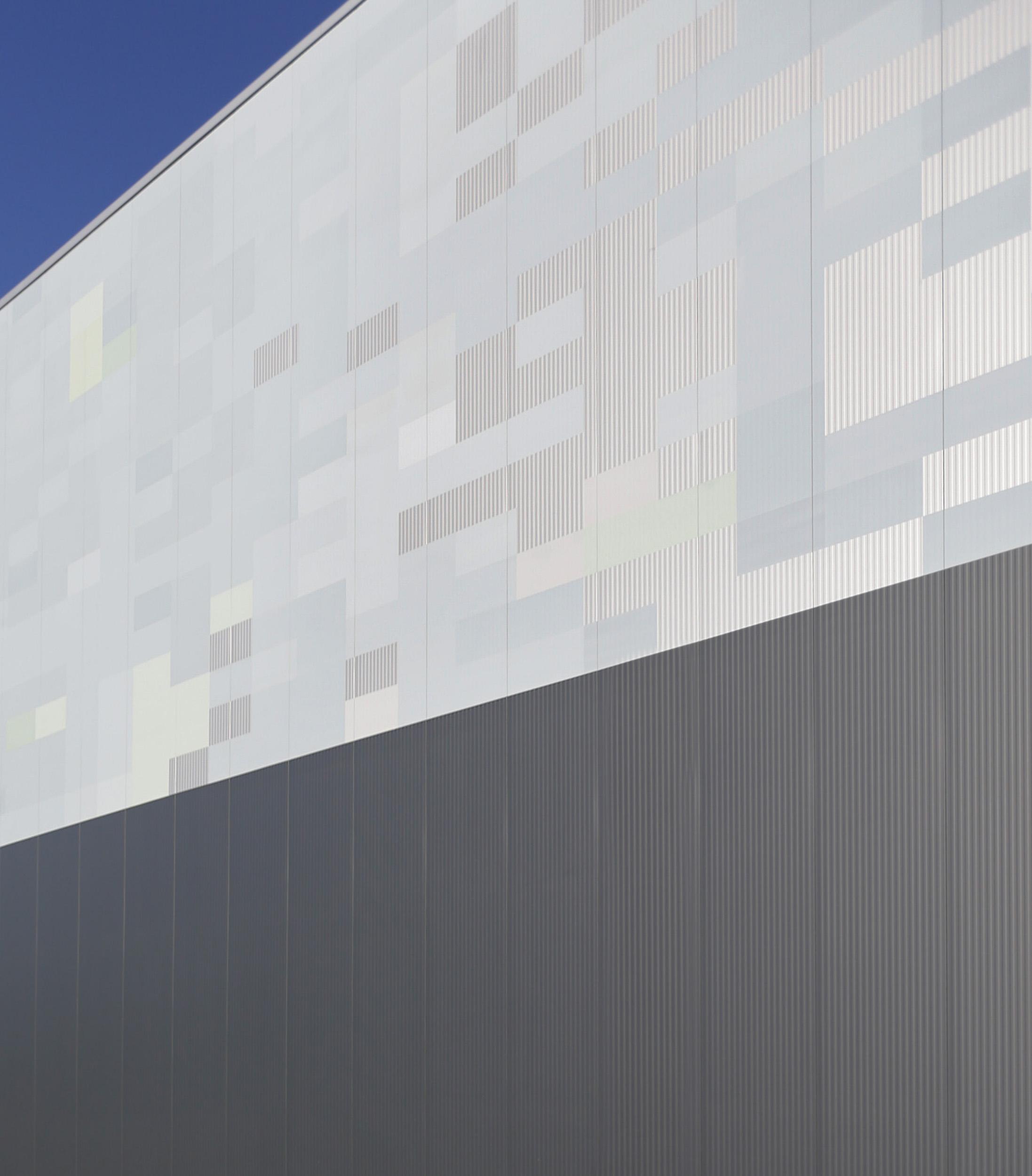 fassadengestaltung im industriebau strauss hillegaart. Black Bedroom Furniture Sets. Home Design Ideas