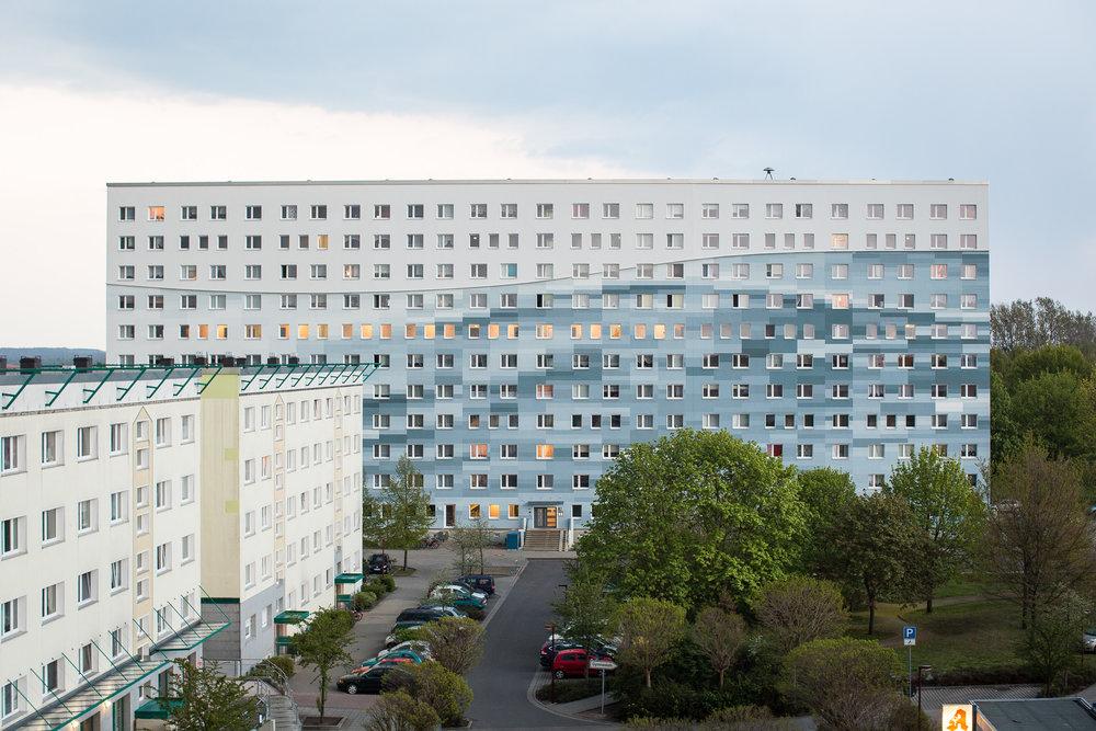 Fassaden-Gestaltung-Wohnungsbau-Senftenberg-Wasser-Pixelart.jpg