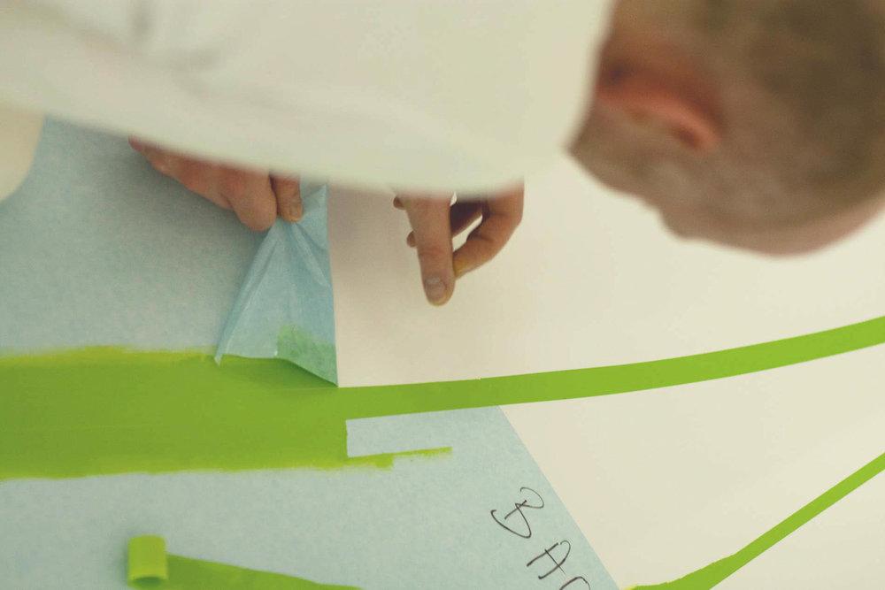 leitsystem-fußboden-design-grün.jpg