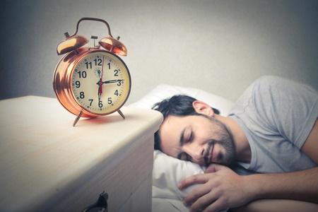 39901317_S_sleep_sleeping_clock_rest.jpg