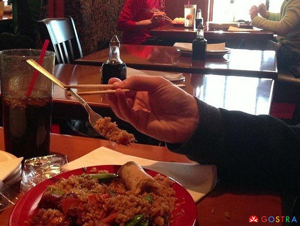 chopsticks_holding_fork_GOSTRA.com_.jpg