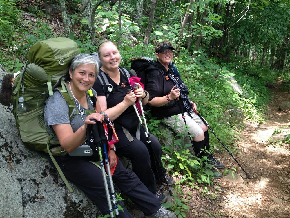 Women-hikers.jpg