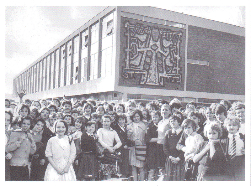 Cromwell Secondary School for Girls 25 October 1962 (courtesy of MEN Syndication)001.jpg
