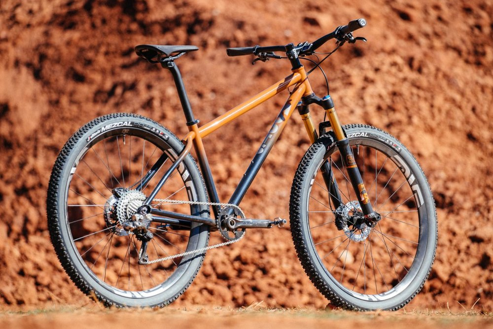 Bobby-from-Distric-Bicycles-Oklahoma-Red-Dirt-Moots-Hardtail-2-1335x890.jpg