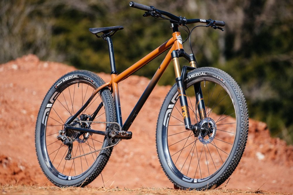 Bobby-from-Distric-Bicycles-Oklahoma-Red-Dirt-Moots-Hardtail-3-1335x890.jpg