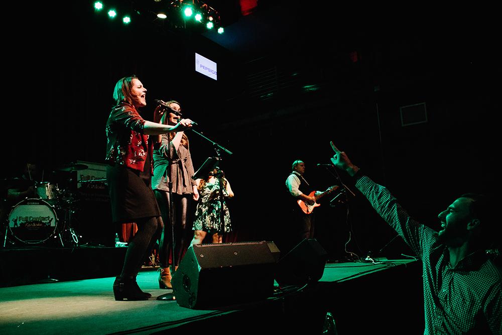 Full Contact Karaoke / Live Band Karaoke