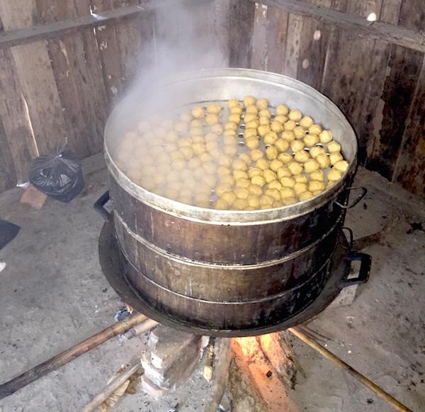 eatdrinklaos-schoolmeals-vats.jog