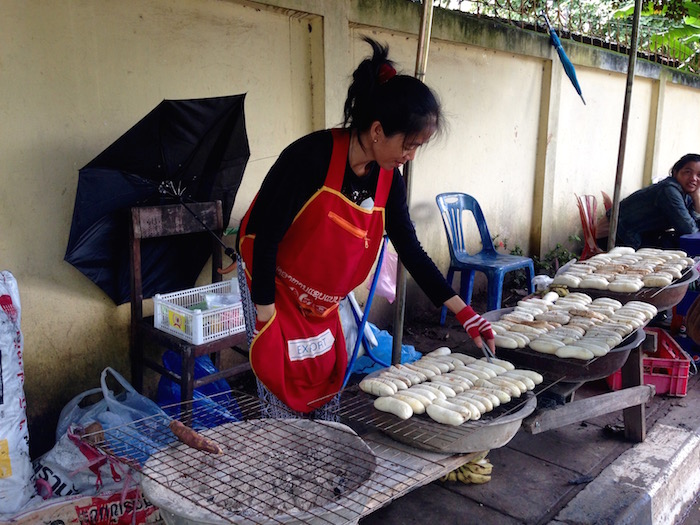 eatdrinklaos-streetfood-grilled-bananas5