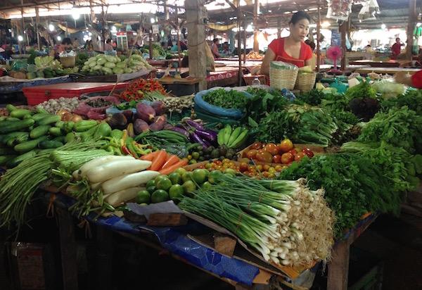 eatdrinklaos-mak-kai-veggies